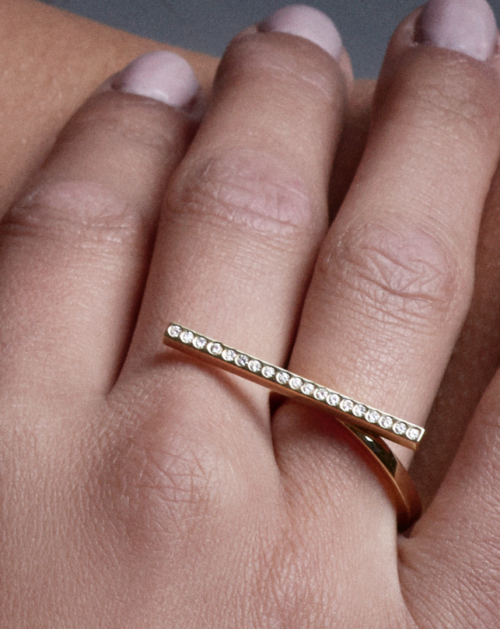 Two-Finger Ring in 18-Karat Gold
